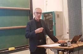Professor om læreruddannelsen: Kun ét stort forbedrings-potentiale – og det ligger efter uddannelsen
