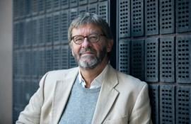 professor emeritus  (modtaget fra Ove selv)