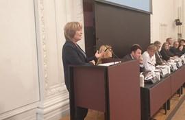Dorte Lange taler på høring om vold og trusler i folkeskolen på Christiansborg