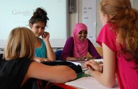 Lærer undervisning tosprog bavnehøj elev