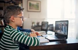 Statstøtte til forlag, der giver gratis digitale læremidler under skolelukningen