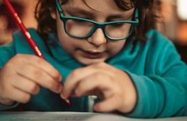 Nyt projekt skal udvikle ordblindeundervisning for børn fra udfordrede familier