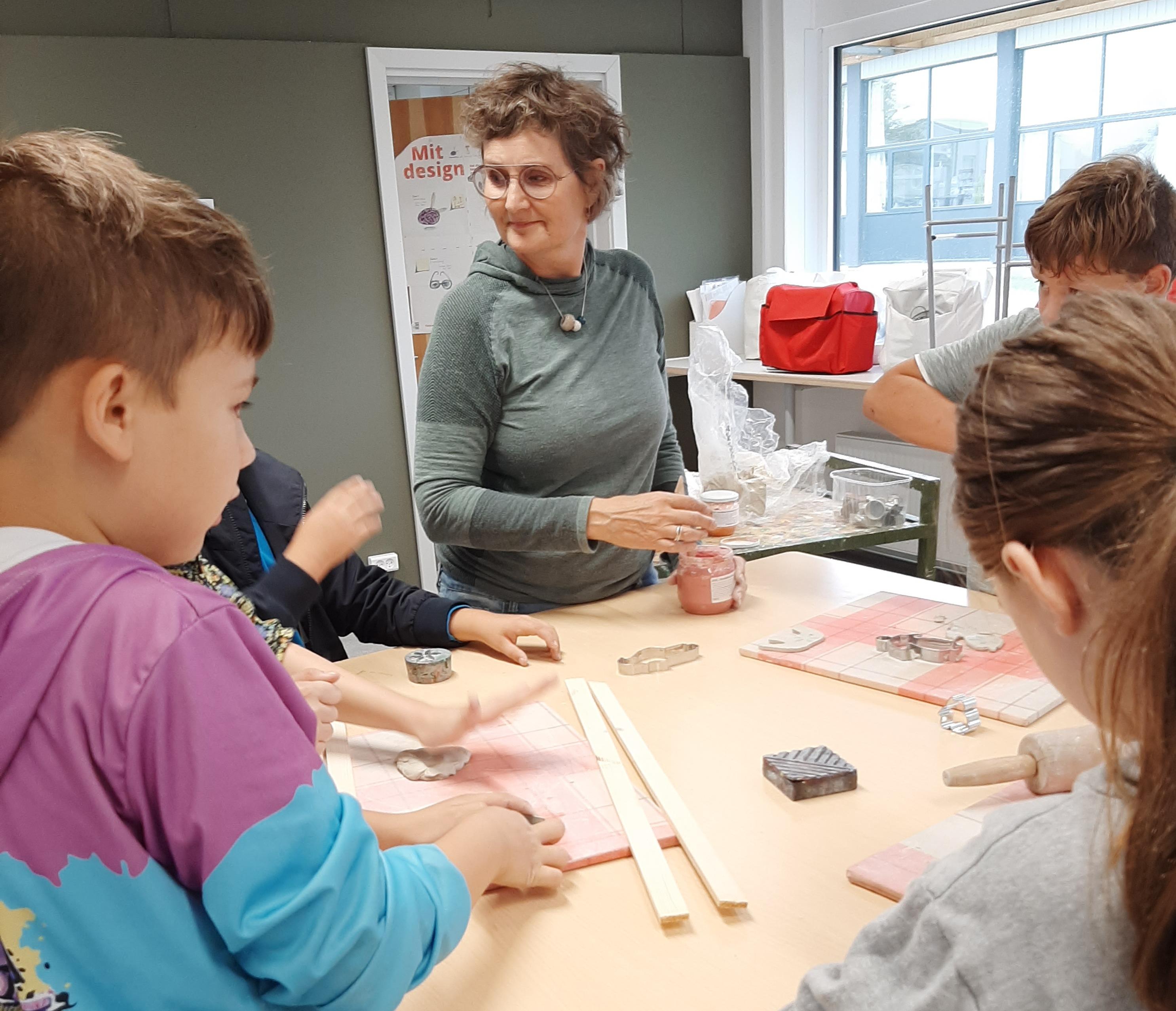 Keramik i billedkunst - tema: mønstring og glasur